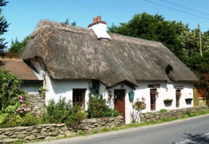 adare-thatched-cottage